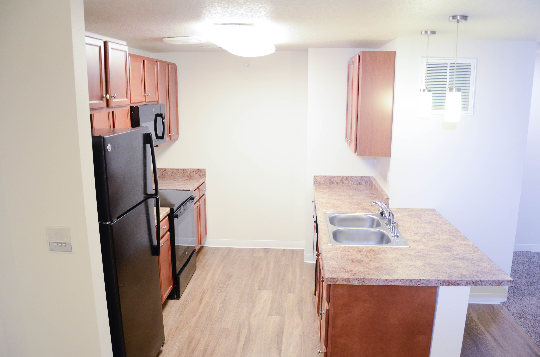 Willis Avenue Kitchen - Newbury Living